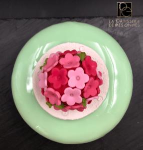 Entremet framboise - pistache et rose